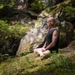 Hamsa Hubert de Tourris Sattva Yoga Chamonix cours stages formation Ashtanga Vinyasa Hatha Yin montagne neige nature