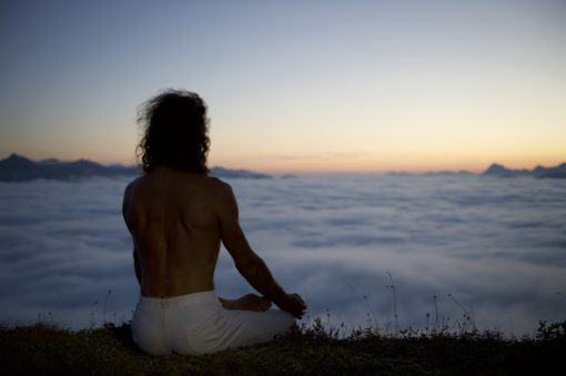 Sattva Yoga Chamonix Hamsa Hubert de Tourris Ashtanga Vinyasa Hatha Yin Nature Montagne meditation contemplation